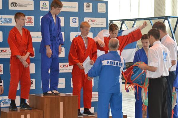На первенстве Мира по Унифайту среди юношей 12-13лет в весе 55 кг