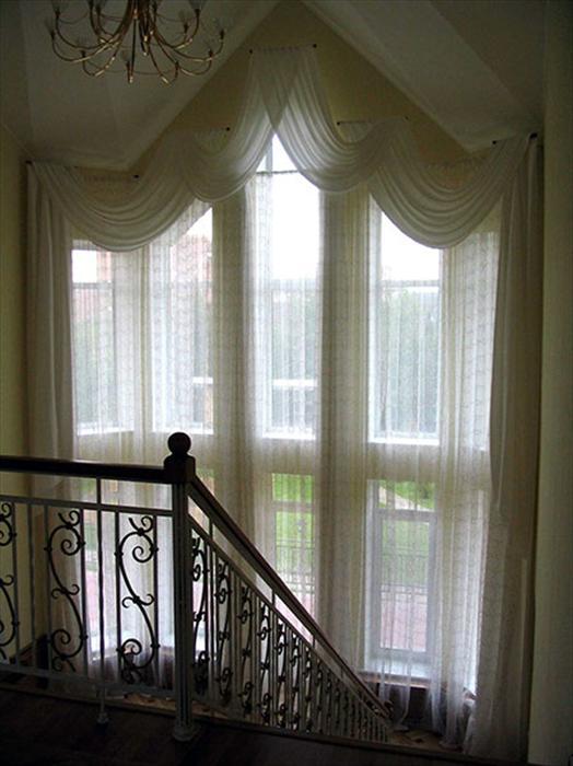 Дизайн штор для высоких окон фото