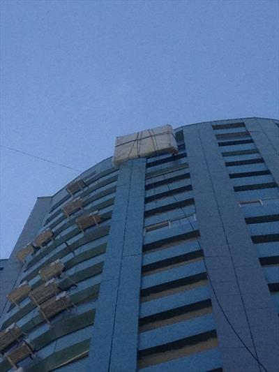 Подъём дивана на 23 этаж